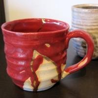 吉岡正義「赤マグカップ」